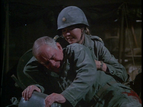 Still from the M*A*S*H episode Dear Ma showing Colonel Potter and Margaret