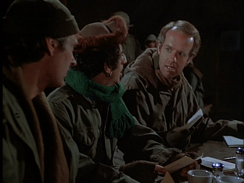 Still from the M*A*S*H episode The Light That Failed showing Hawkeye, Klinger, and B.J.