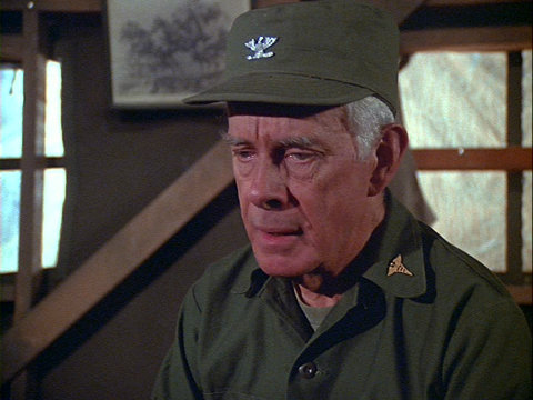 Still from the M*A*S*H episode Pressure Points showing Colonel Potter