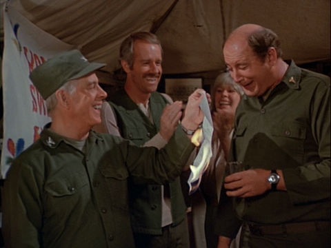 Still from the M*A*S*H episode Settling Debts showing Colonel Potter, B.J., Margaret, and Charles