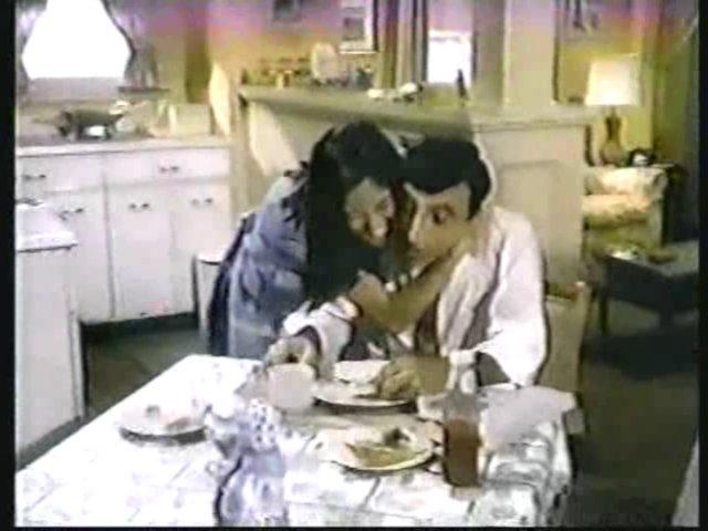 Still from the AfterMASH episode Klinger vs. Klinger showing Soon-Lee and Max.