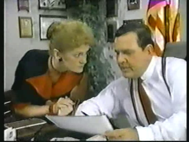 Still from the AfterMASH episode Klinger vs. Klinger showing Alma Cox and Mike D'Angelo.
