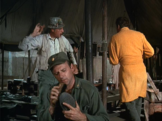 Still from the MASH episode The General Flipped at Dawn