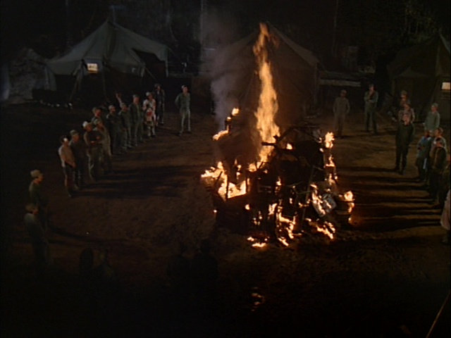 Still from the M*A*S*H episode War of Nerves