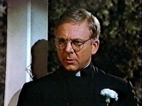 Image from the AfterMASH episode It Had to Be You showing Father Mulcahy.