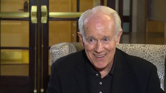 M*A*S*H Memories & Magic - Mike Farrell (Copyright 2016 Gray Television Group, Inc.)
