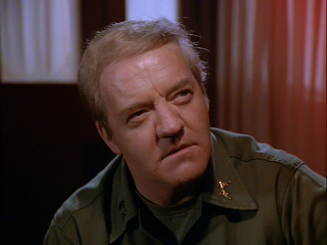 Still from the M*A*S*H episode Back Pay showing Richard Herd as Captain Snyder.